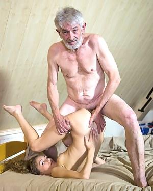 bizarre-hot-porn-fuck-julia-pron-hot